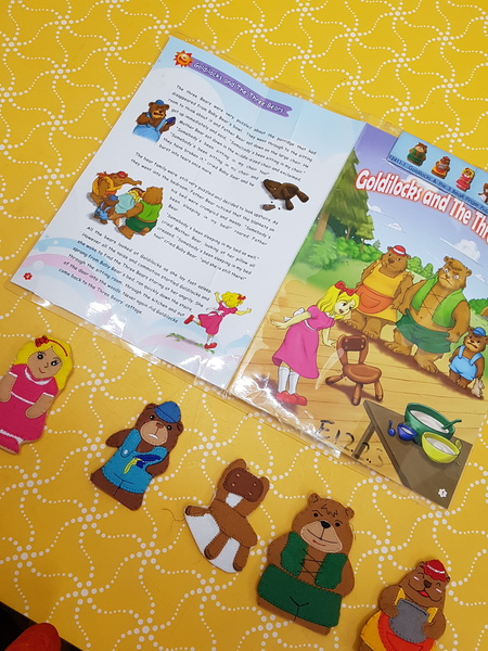 E1223: GOLDILOCKS FINGER PUPPETS