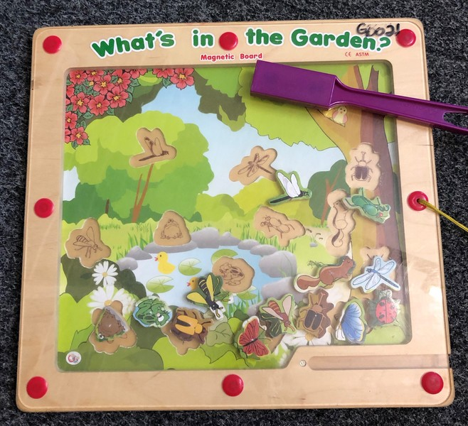 G0021: WHAT'S IN THE GARDEN?