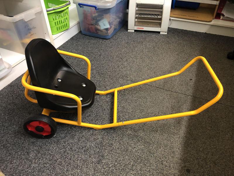 A0070: Winther Yellow Rickshaw