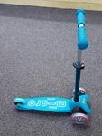A2112: Blue Mini Deluxe Micro Scooter