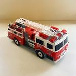 T19: FIRE TRUCK