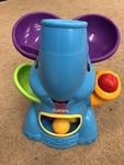 B95: Elephant with balls