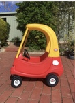 P92: Little tikes yellow and red ride in car
