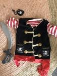 E141: Pirate costume