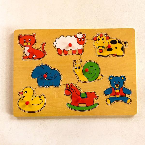 J76: animal peg puzzle