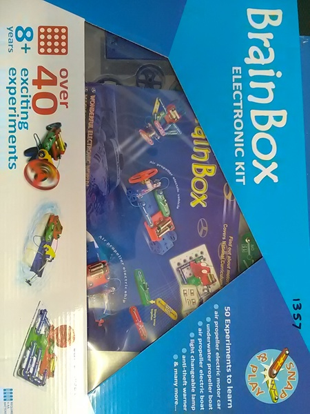 1357: BrainBox car and boat kit
