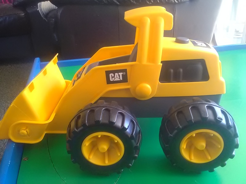 214: CAT plastic loader