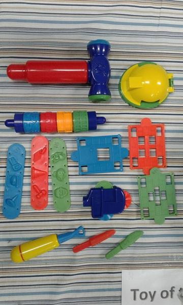 418: Bob the Builders Playdough Activity Belt