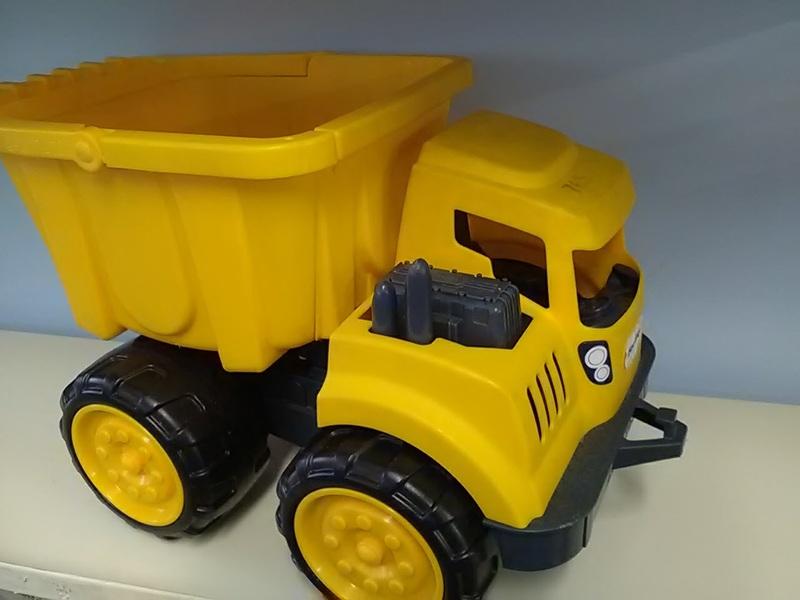 765: 2n1 Dump Truck