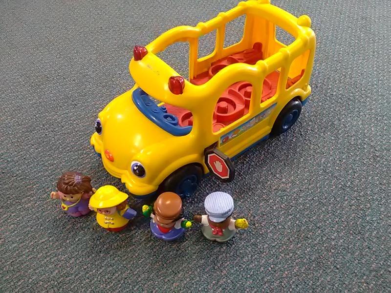 1133: Little People School Bus