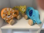 FM004: Wooden Clutch Toys