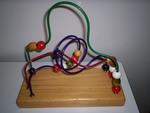 C086: Bead twirl 3 wire