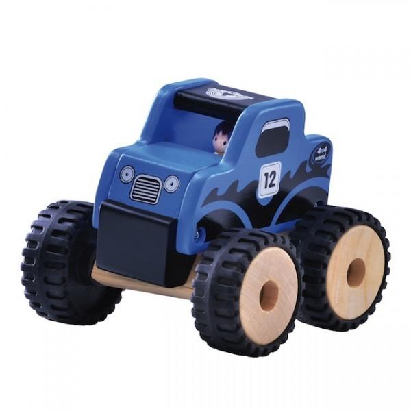 E722: 3 Trucks