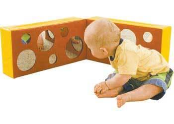 B057: Baby Mirror Block