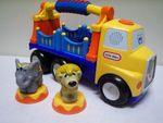 E047: Circus Truck
