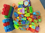 C3.421.1: COLOURED DUPLO BLOCK SET