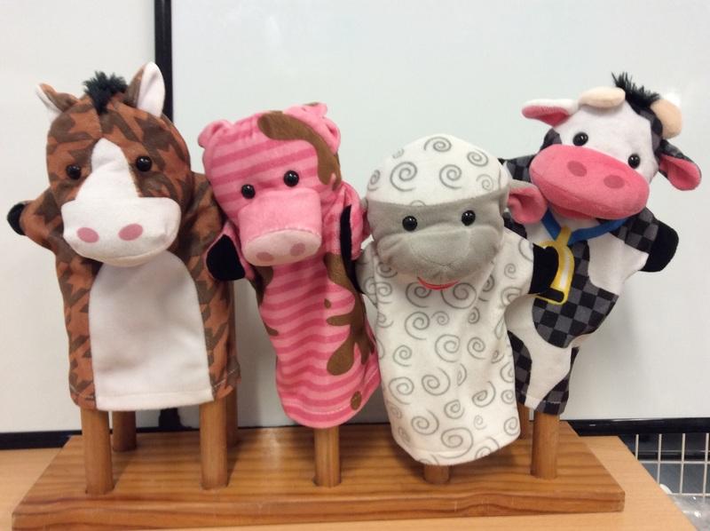 E2.964.3: FARM ANIMAL PUPPET SET
