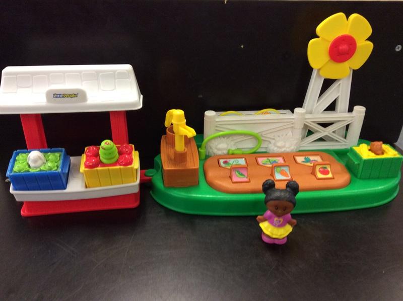 E2.007.3: Little People Barn & Pond