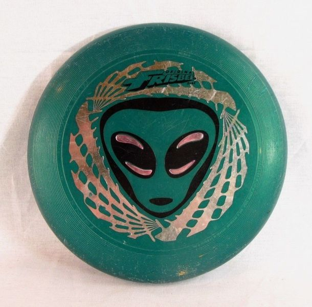 G2.302.1: GREEN FRISBEE