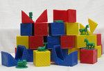 C1.101.5: TUPPERWARE BUSY BLOCKS