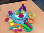 E2.981.7: Cupcake Maker Play-Doh set