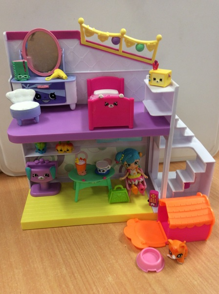E2.999.4: Shopkins Happy House