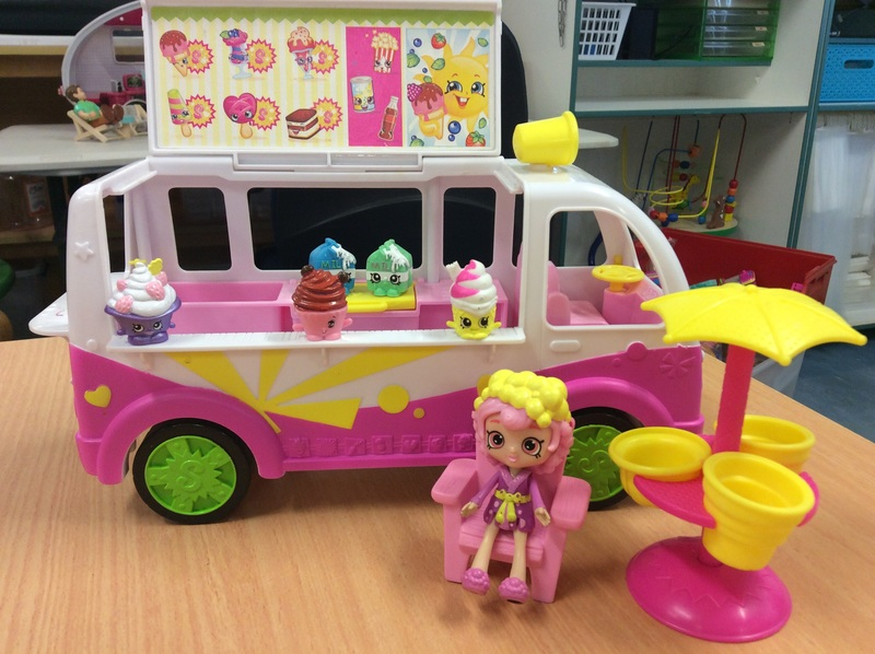 E2.999.7: Shopkins Ice-Cream Van