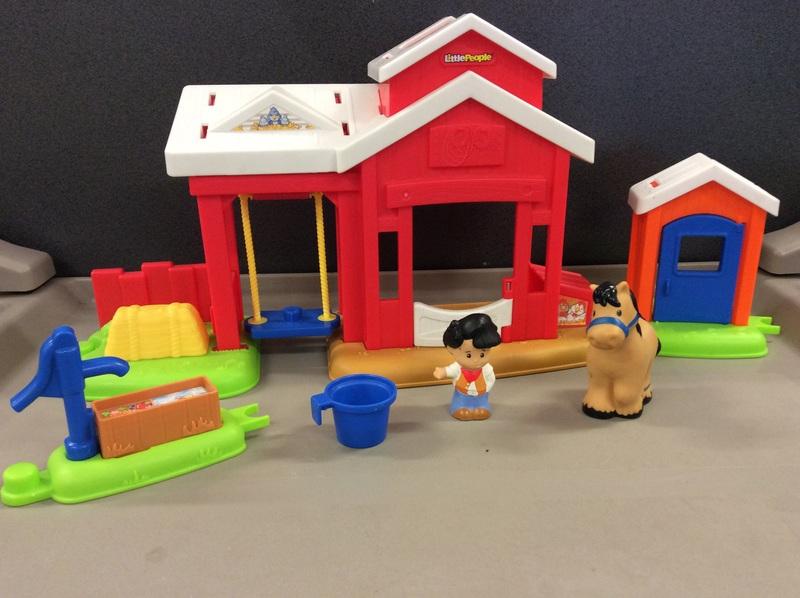 E2.011.2A: Little People Farmer Village Set