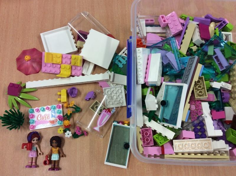 C3.011.5: Cafe Assorted Lego