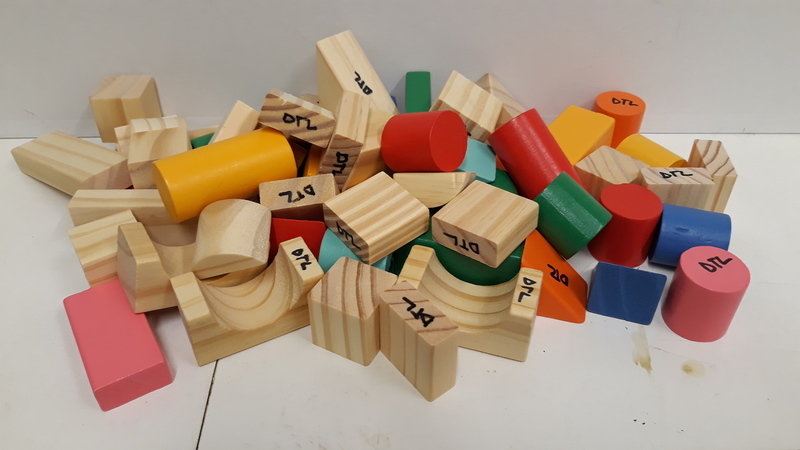 C3.060.8: SMALL WOODEN BLOCKS