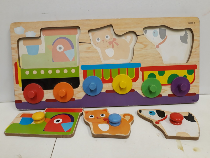 C2.010.9: Animal  & Colours Train Puzzle