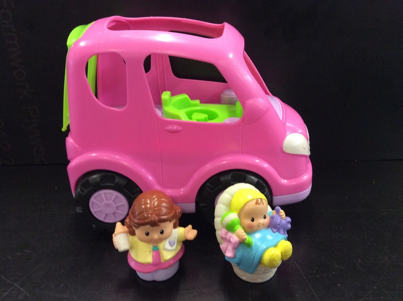 E2.109.4: LITTLE PEOPLE PINK CAR