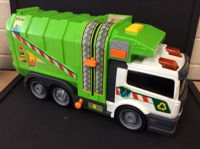 E2.200.1: Rubbish Truck