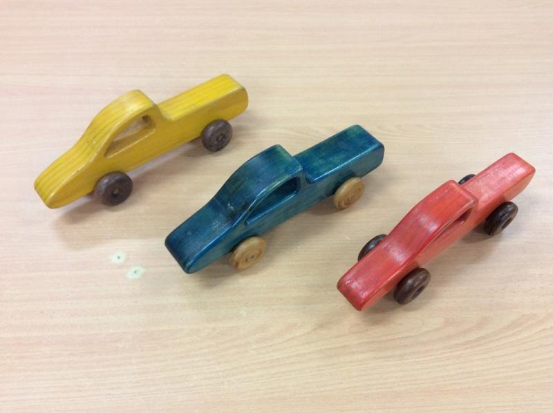 E2.101.2: Wooden Cars Set