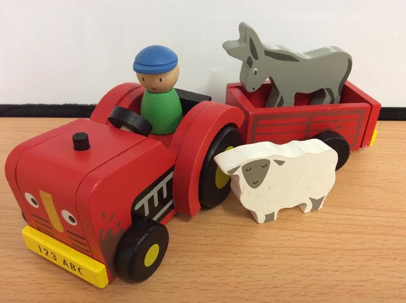 E2.101.4: Tractor & Trailer - Tender Leaf
