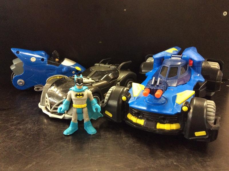 E2.110.23: BATMAN VEHICLES