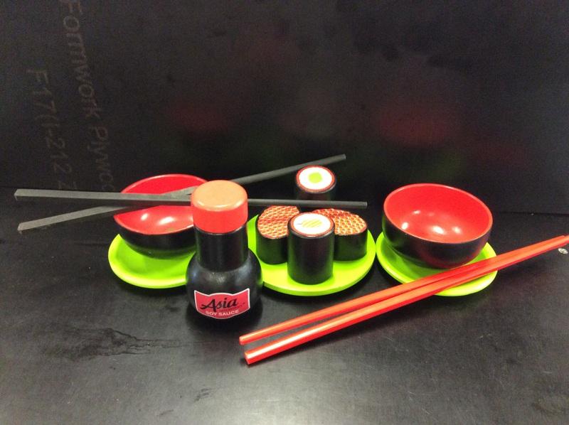 E2.662.3: JAPANESE DINNER PLAYSET