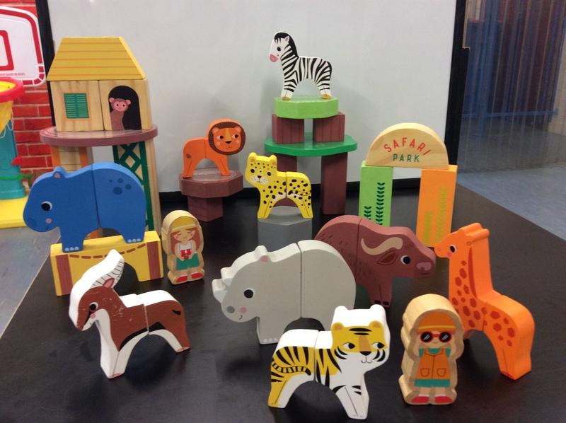 C300744: Wooden Magnetic Jungle Block Set