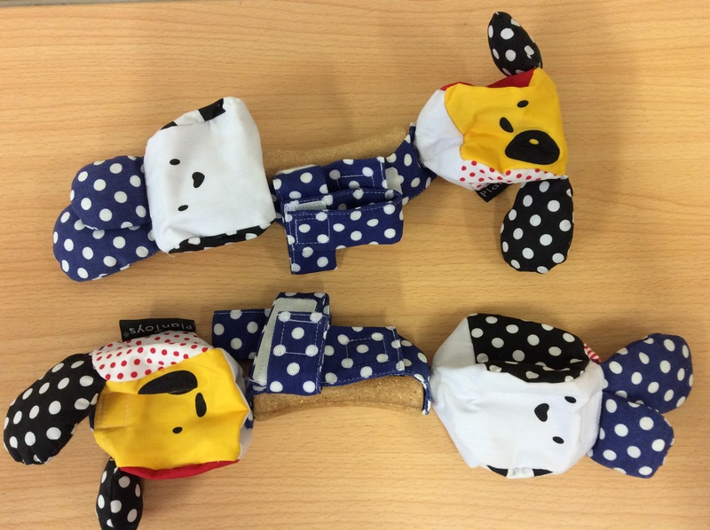 C4.032.1: PLAY TOYS RATTLES X2 STRAP ON