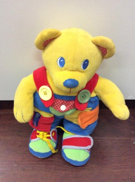 C1.436.1: LEARN TO DRESS ACTIVITY BEAR