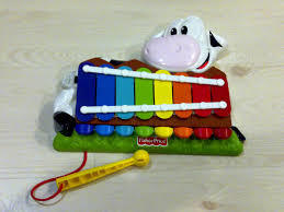 D2.378.1: BABY COW XYLAPHONE