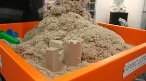 C4.892.2A: KINETIC SAND AND ACCESSORIES