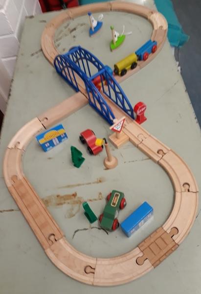 E2.961.1: TRAIN SET