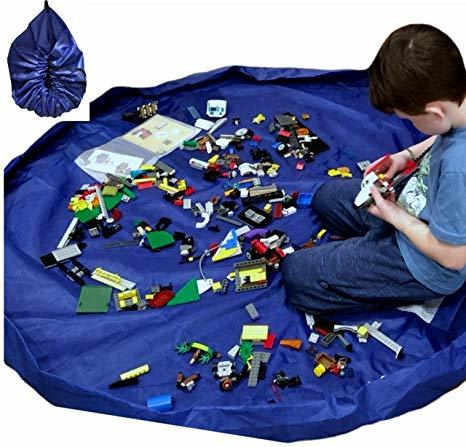 C3.156.1: Box of Assorted Lego with clean up mat