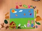 E3.983.9: Farm & Bunny Felt Board