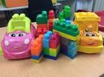 C3.396.3: Pink & Yellow car with blocks