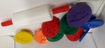 E2.981.3: PLAY DOUGH SET