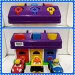 E2.773.2: LITTLE GARAGE WITH KEYS, CARS AND SHAPES