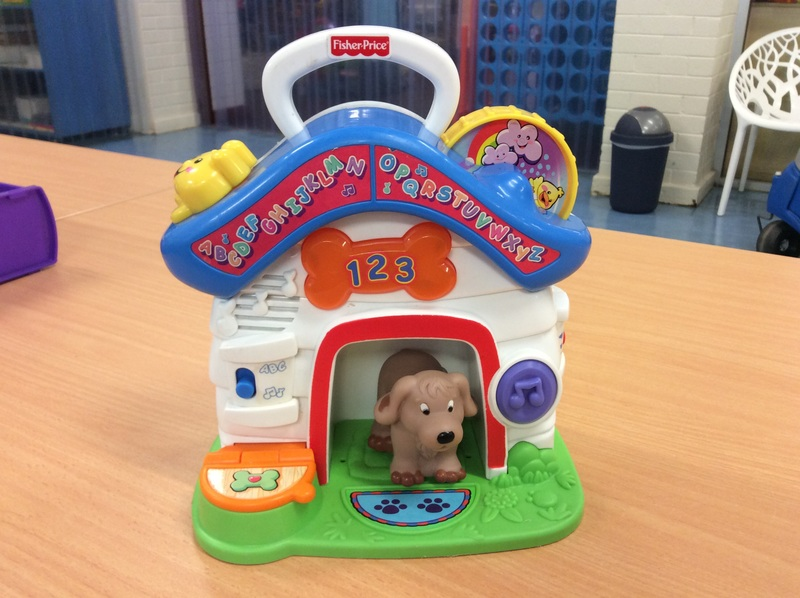 B2.567.3: Fisher Price Puppy House