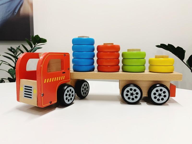 C2004: Wooden Tractor Shape Sorter